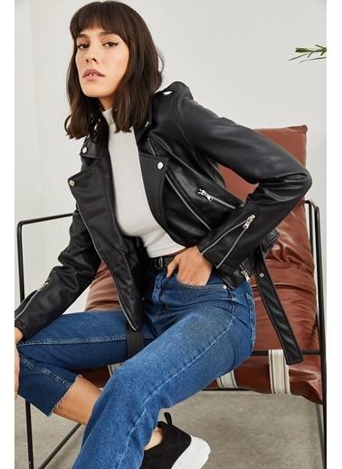 Sortee Kadın Kolları Fermuarlı Deri Ceket Siyah